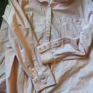 Vineyard and vines button up